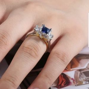 New 18k yellow gold & S925 silver beaitiful ring